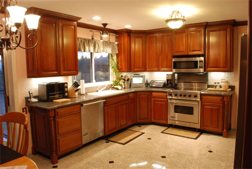 Custom And Semi Custom Kitchen And Bathroom Cabinets   Cherry, Hickory,  Maple, Oak 5 Lines And Price Points To Chose From
